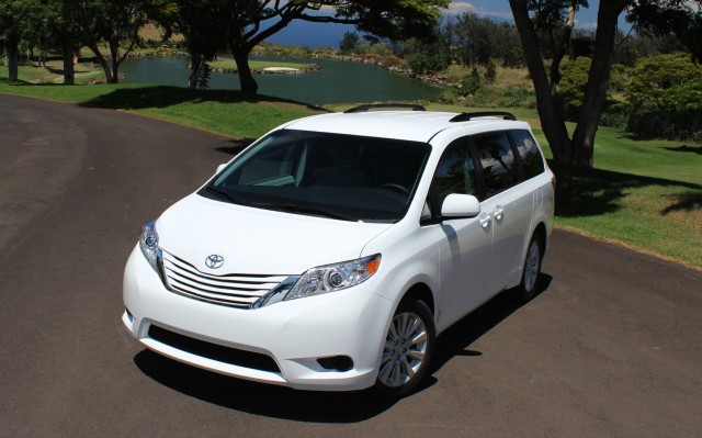 2015 Toyota Sienna  -  First Drive, September 2014