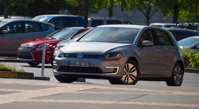 2015 Volkswagen e-Golf (Euro spec)  -  Driven, Portland OR, July 2014  (credit: NWAPA)