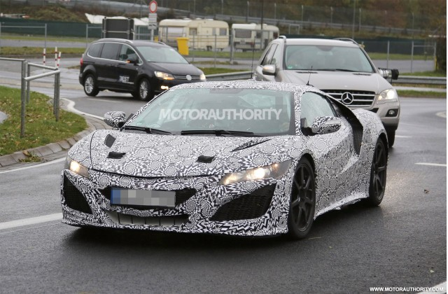 2016 Acura NSX spy shots