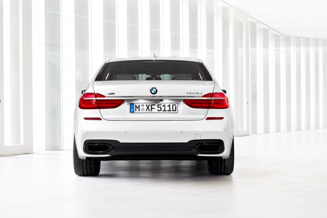 2016 Bmw 7 Series Carbon Construction Gesture Control Plug In Tech And More