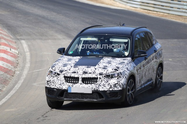 2016 BMW X1 spy shots – Image via S. Baldauf/SB-Medien