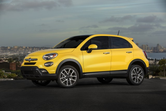 2016 fiat 500x review ratings specs prices and photos the car connection. Black Bedroom Furniture Sets. Home Design Ideas