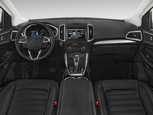 2016 Ford Edge 4-door SEL FWD Dashboard