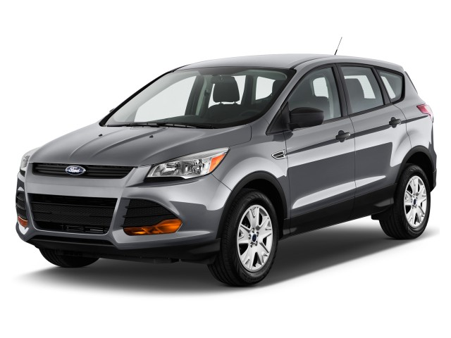 2016 Ford Escape FWD 4-door S Angular Front Exterior View