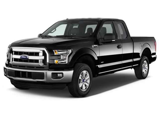 """2016 Ford F-150 2WD SuperCab 145"""" XLT Angular Front Exterior View"""
