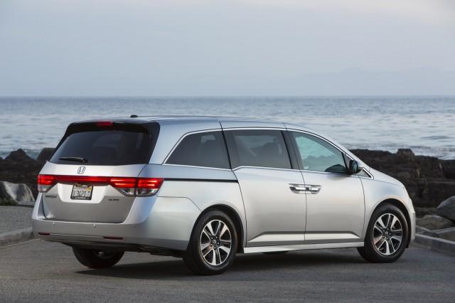 Perfect 2016 Honda Odyssey Vs 2016 Toyota Sienna