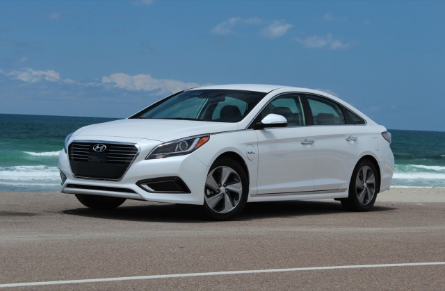 2016 Hyundai Sonata Plug-In Hybrid  -  First Drive, May 2015