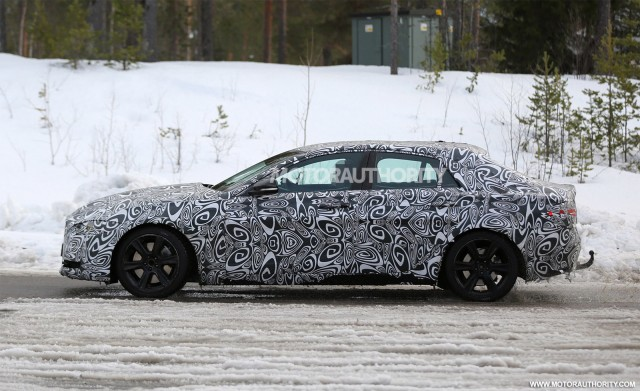 2016 Jaguar XE spy shots