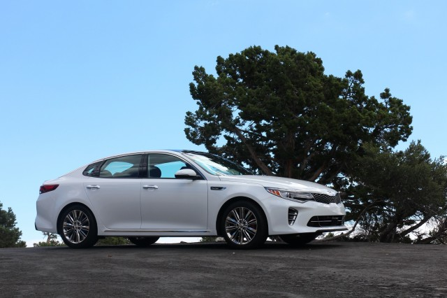2016 Kia Optima, Nevada test drive, Sep 2015