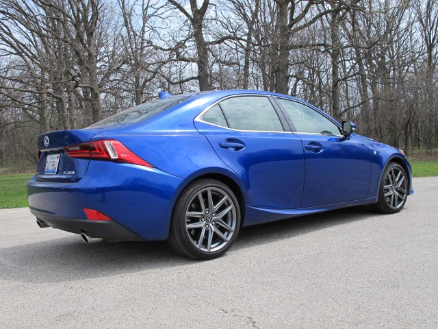 2016 lexus is 200t f sport first drive review. Black Bedroom Furniture Sets. Home Design Ideas