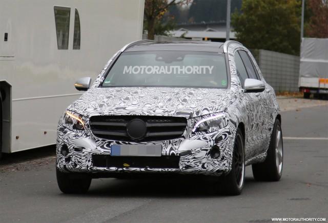 2017 Mercedes-Benz GLC43 spy shots - Image via S. Baldauf/SB-Medien