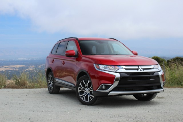 2016 Mitsubishi Outlander  -  First Drive