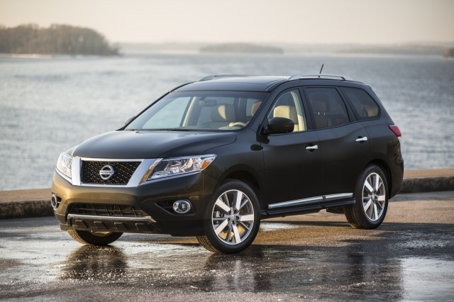 2016 nissan pathfinder review ratings specs prices and photos the car connection. Black Bedroom Furniture Sets. Home Design Ideas