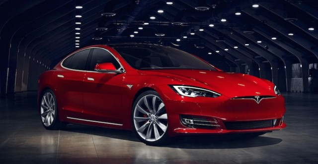 new tesla model s 75d arrives with same battery as 70d. Black Bedroom Furniture Sets. Home Design Ideas