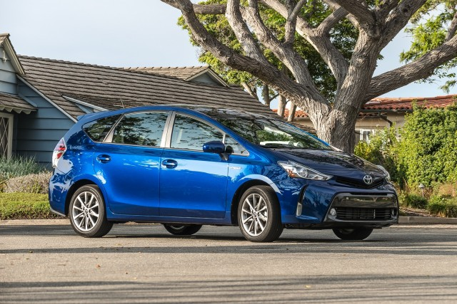 2016 toyota prius v review ratings specs prices and. Black Bedroom Furniture Sets. Home Design Ideas