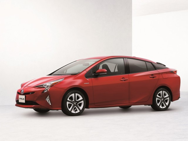2016 toyota prius power outputs dimensions awd revealed as info trickles out. Black Bedroom Furniture Sets. Home Design Ideas