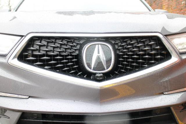 2017 Acura MDX Sport Hybrid SH-AWD, Seattle area, April 2017