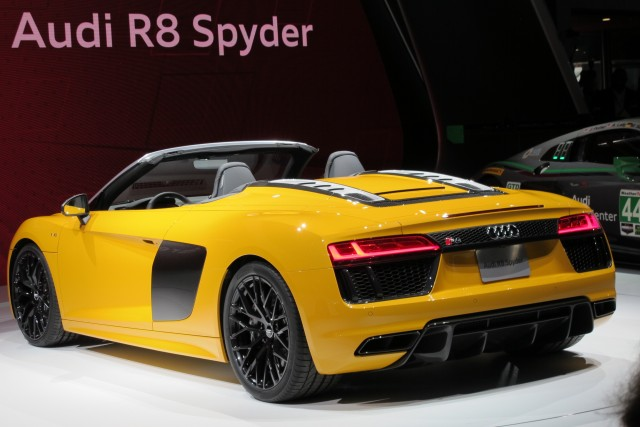 Audi R8 Spyder, 2016 New York Auto Show