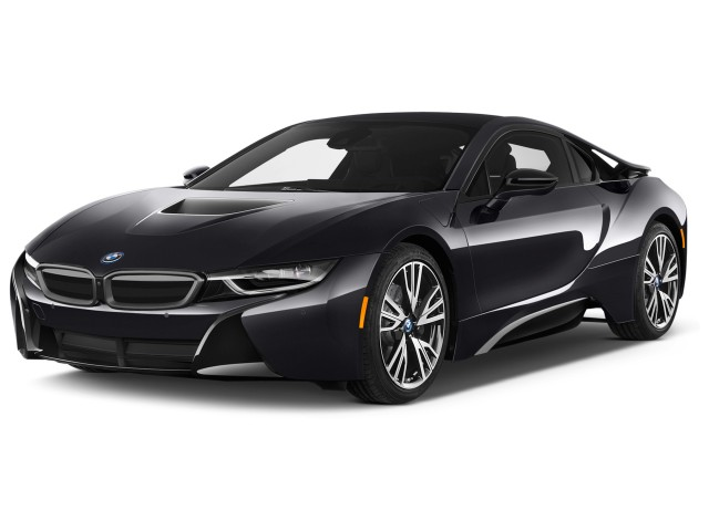 2017 BMW i8 Coupe Angular Front Exterior View