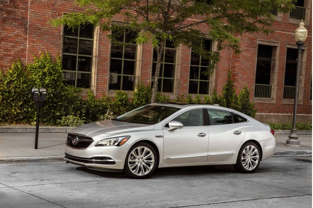 2017 buick lacrosse pictures photos gallery green car reports. Black Bedroom Furniture Sets. Home Design Ideas
