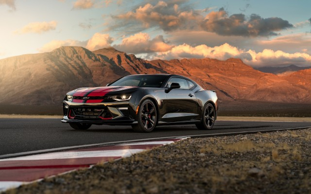 2017 Chevrolet Camaro SS with Chevrolet Performance Parts