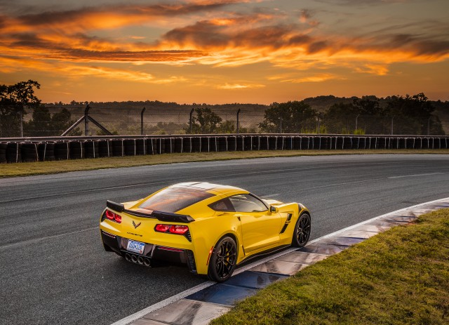 2017 Chevrolet Corvette Grand Sport, yellow
