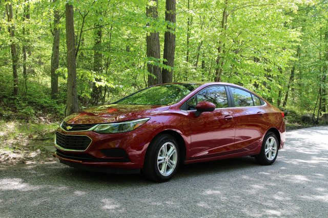 2017 chevrolet cruze diesel fuel economy review for automatic manual versions page 2. Black Bedroom Furniture Sets. Home Design Ideas
