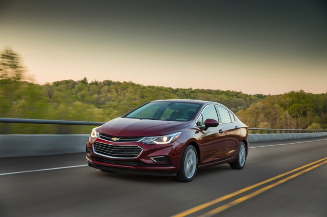 2017 chevrolet cruze diesel sedan rated at 37 mpg combined. Black Bedroom Furniture Sets. Home Design Ideas