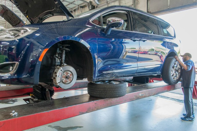 2017 Chrysler Pacifica long-term road test, first service stop