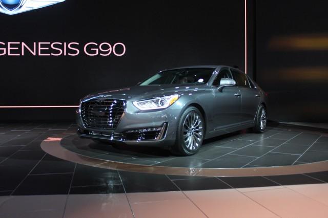 2017 Genesis G90 - 2016 Detroit Auto Show live photos