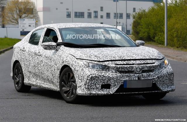 2017 Honda Civic Hatchback spy shots - Image via S. Baldauf/SB-Medien