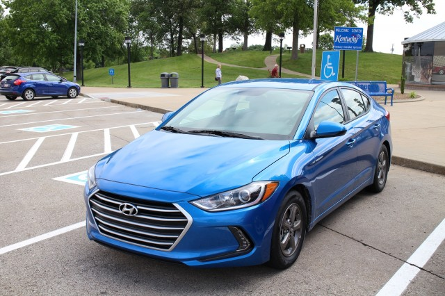2017 Hyundai Elantra Eco road trip, May 2016 - Kentucky welcome center