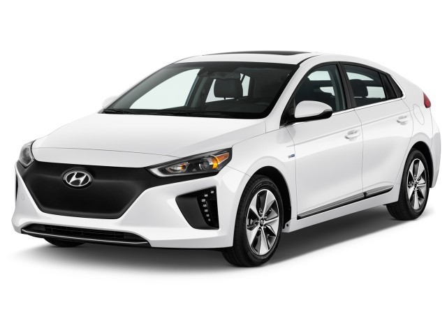 2017 Hyundai IONIQ Electric Limited Hatchback Angular Front Exterior View