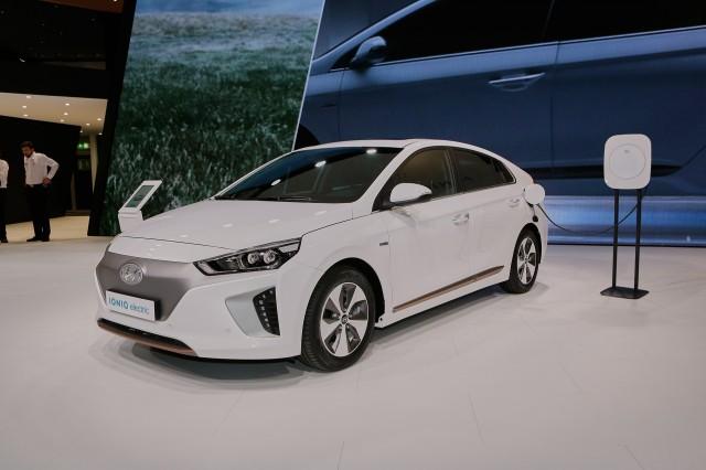2017 Hyundai Ioniq European Spec 2016 Geneva Motor Show