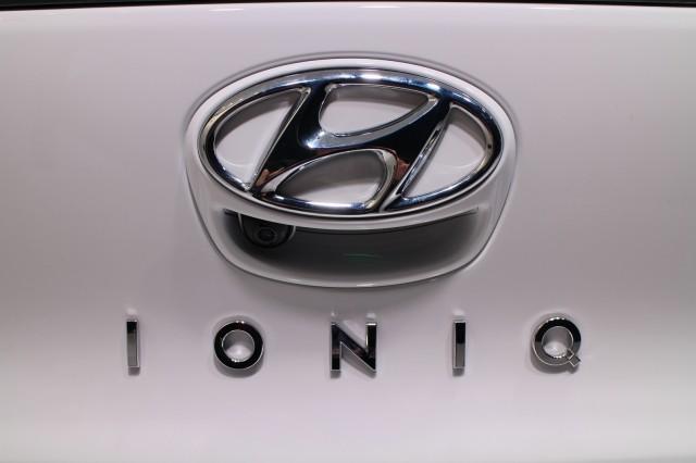 2017 Hyundai Ioniq Hybrid (European spec), 2016 Geneva Motor Show