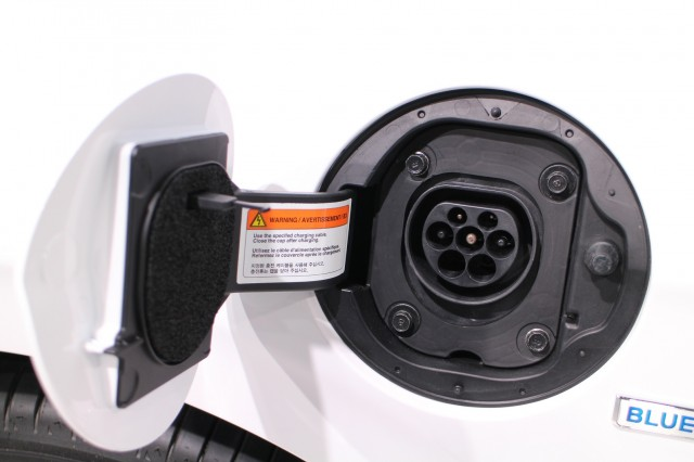 2017 Hyundai Ioniq Plug-In (European spec), 2016 Geneva Motor Show