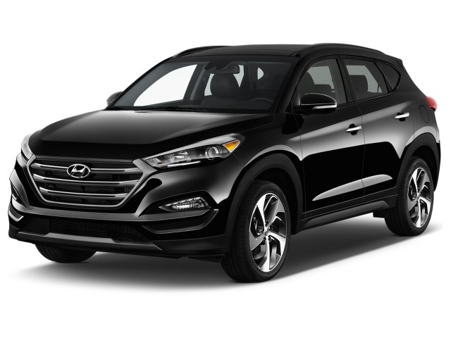 2017 Hyundai Tucson Limited FWD Angular Front Exterior View