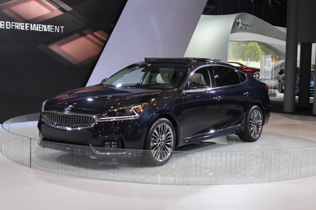 2017 Kia Cadenza - 2016 New York Auto Show iive photos