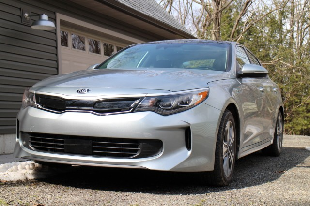 2017 Kia Optima Hybrid, Catskill Mountains, NY, April 2017