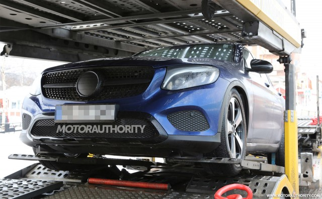 2017 Mercedes-Benz GLC Coupe spy shots - Image via S. Baldauf/SB-Medien