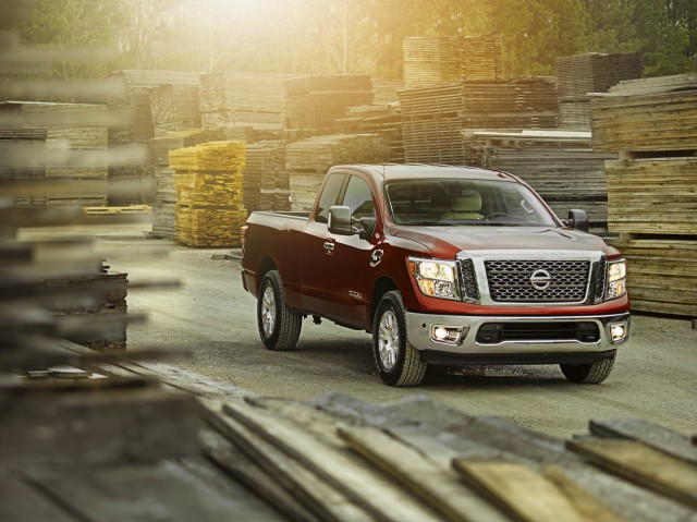 2017 nissan titan review ratings specs prices and photos the car connection. Black Bedroom Furniture Sets. Home Design Ideas