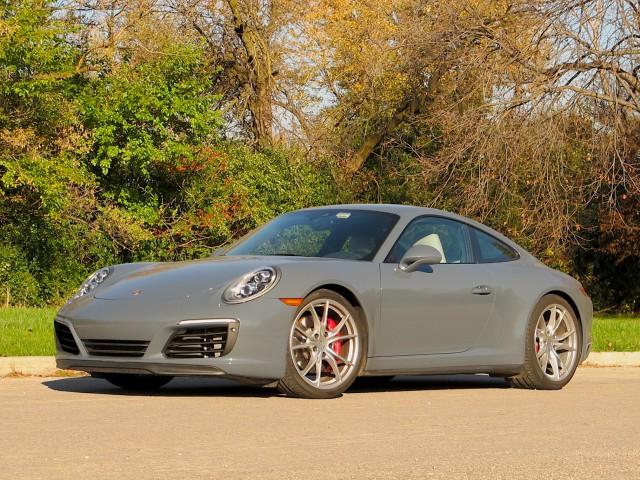 2017 Porsche 911 Carrera 4S