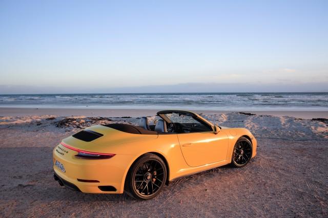 2017 Porsche 911 Carrera GTS Cabriolet