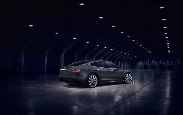 Tesla Model S 60 Made To Walk The Plank