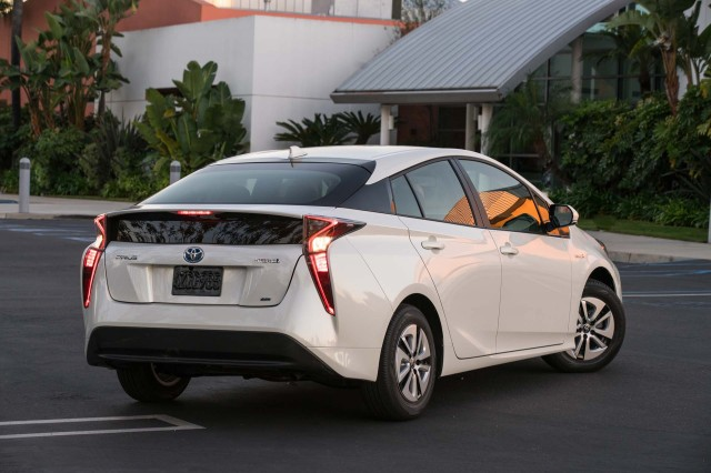 toyota prius design popular in japan not a hit in u s. Black Bedroom Furniture Sets. Home Design Ideas
