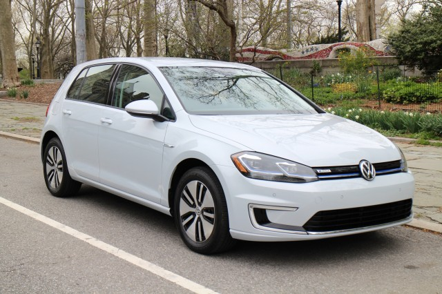 2017 Volkswagen e-Golf, first drive, New York City, April 2017