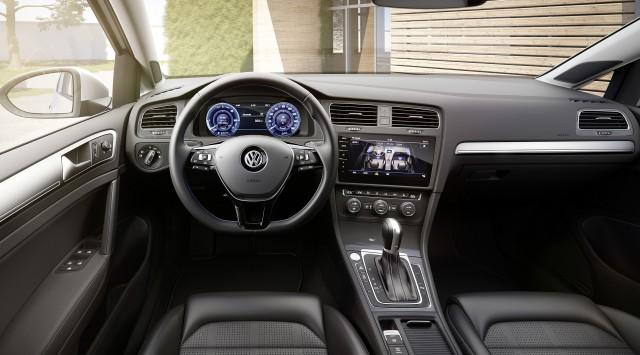 VW e-Golf whispers into 2017 LA motor show