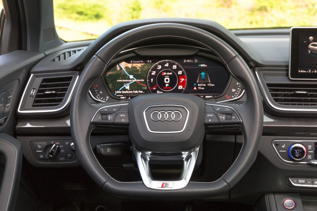 2018 audi sq5 first drive review practicality with a dash. Black Bedroom Furniture Sets. Home Design Ideas