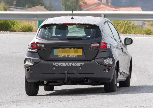 2017 - [Ford] Fiesta MkVII  - Page 6 2018-ford-fiesta-3-door-spy-shots--image-via-s-baldauf-sb-medien_100564914_m