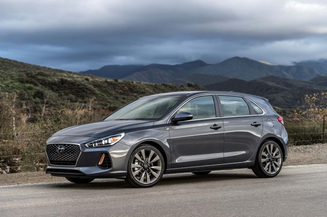 hyundai i30 n hot hatch performance specs leaked. Black Bedroom Furniture Sets. Home Design Ideas